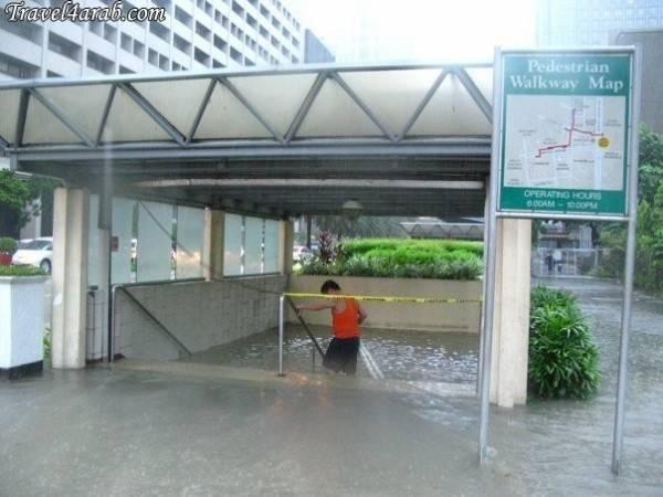 جوله في شوارع مانيلا