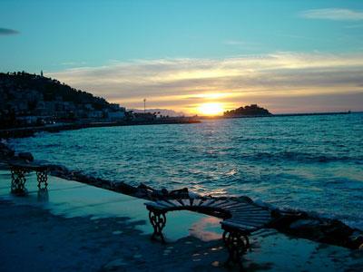 منتجع جزيرة الطيور kusadasi بتركيا 44473alsh3er.jpg