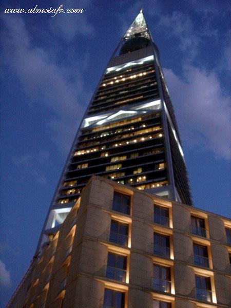 برج الفيصلية ومطعم البلورة .. صور مذهلة لخاطر عيووونكــــــــــم ..