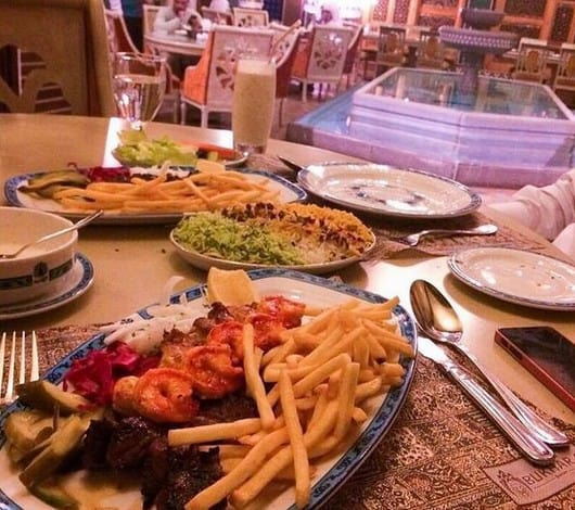 مطعم شبستان