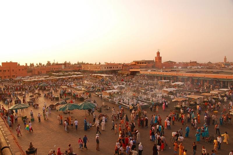 -maroc_marrakech_jemaa-el-fna_luc_viatour-jpg
