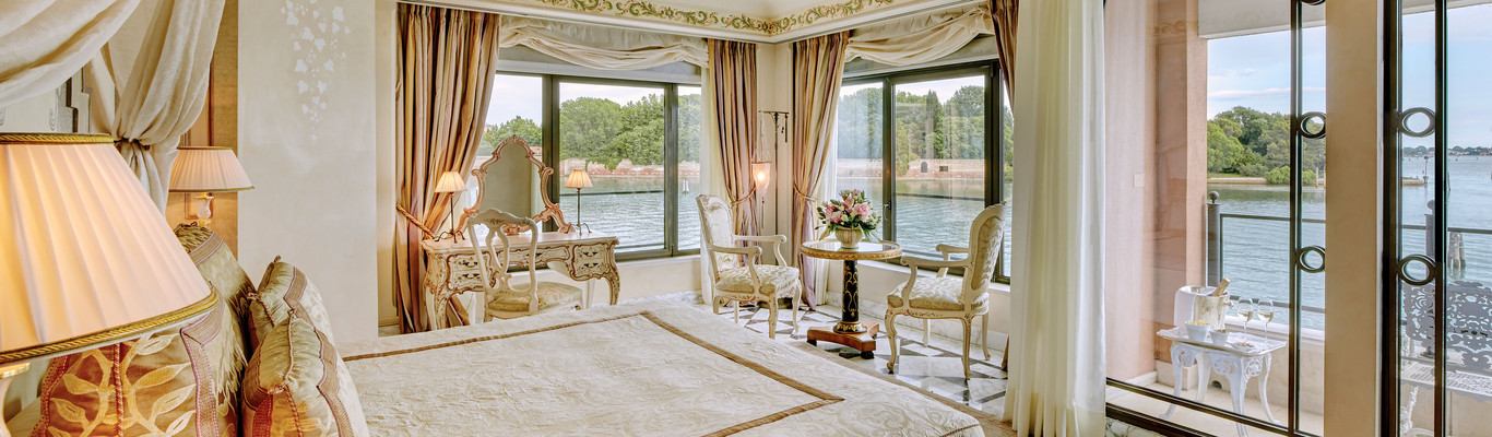 -ocip_1366x400_room_palladio_suite04-jpg