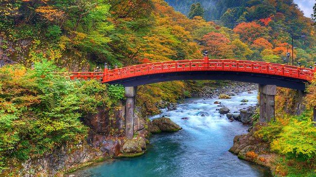 -914074-130810-autumn-japan-jpg