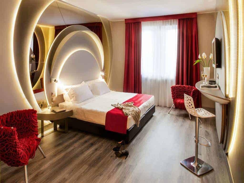 فندق دافنشي في ميلان
