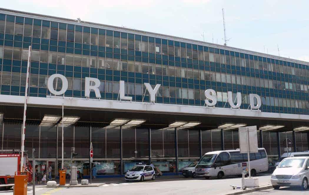 مطار orly باريس التنقل