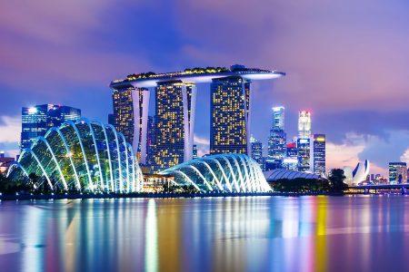 سنغافورة العرب المسافرون (اكثر البلدان في العالم رفاها اقتصاديا)