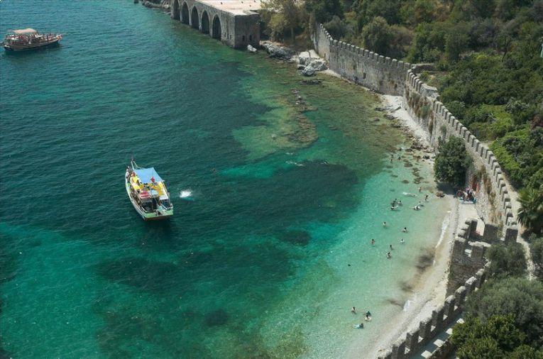 محطة باصات انطاليا الى ألانيا( أفضل الأماكن السياحية بألانيا)