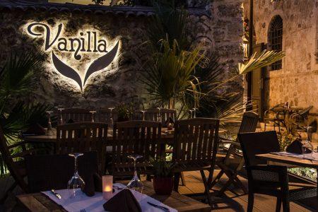 مطعم فانيلا انطاليا أحد أفضل و أشهر المطاعم في انطاليا القديمة