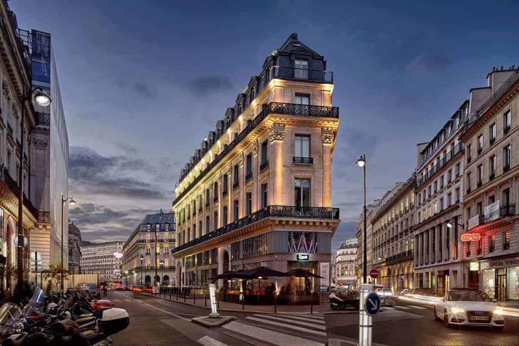 السفر الى باريس كم تيرمنال
