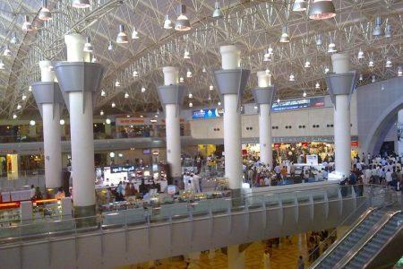 عدد ساعات الترانزيت وحجز فندق مطار الكويت (في ضيافة مطار النخبة)