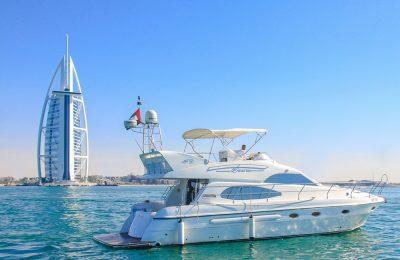 طريقة حجز يخت في دبي ومشاهدة المعالم