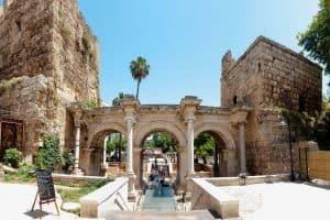 في المدينة القديمة كاليتش – تركيا – انطاليا