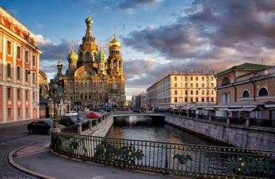 قبل الذهاب إلى روسيا
