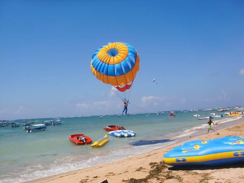 شاطئ الألعاب البحرية Tanjung Benoa Beach