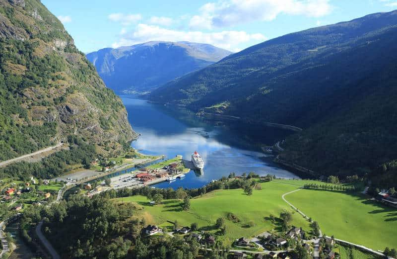 قرية فلام Flam ، رحلتي الى النرويج