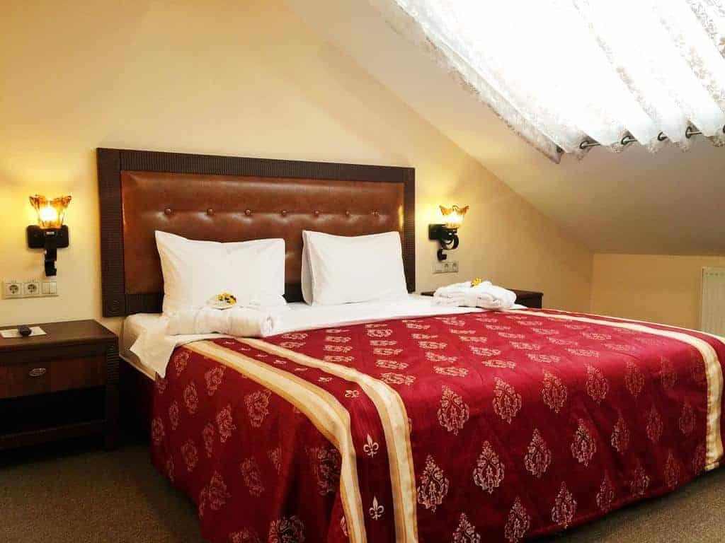 12.Don Kikhot Hotel-min