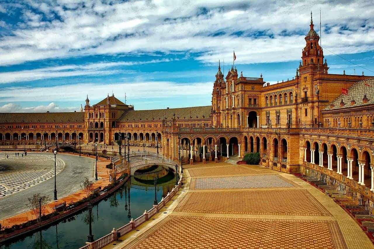 اشهر 4 معالم سياحيه في اسبانيا