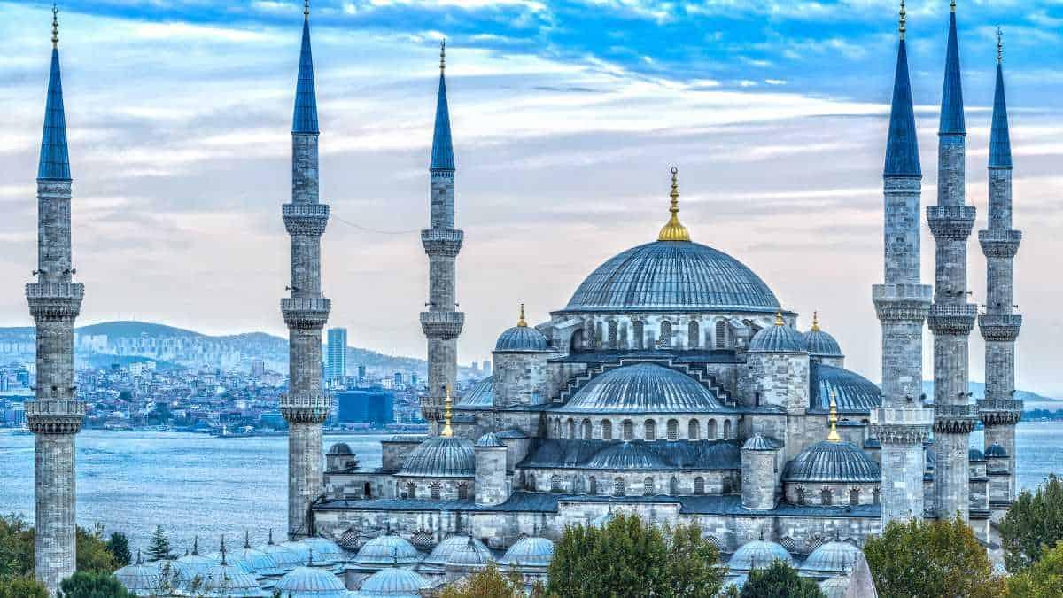 المسجد الازرق او جامع السلطان احمد بالصور من الداخل والخارج
