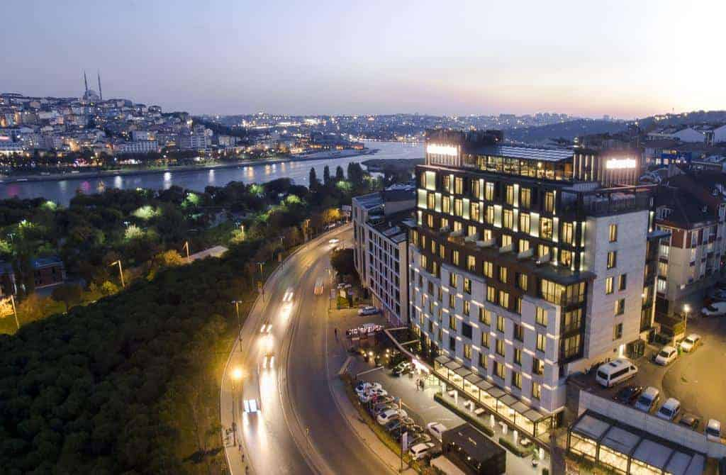 تقرير عن فندق القرن الذهبي موفنبيك في اسطنبول تركيا