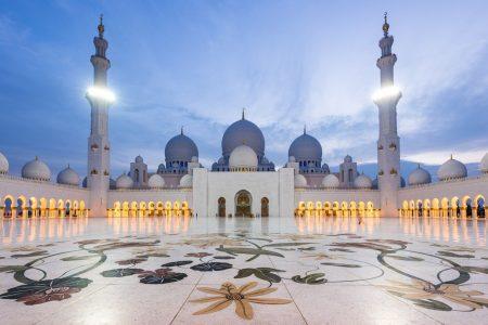 جولة معالم مدينة أبو ظبي بالكامل لاستكشاف المدينة و تاريخها