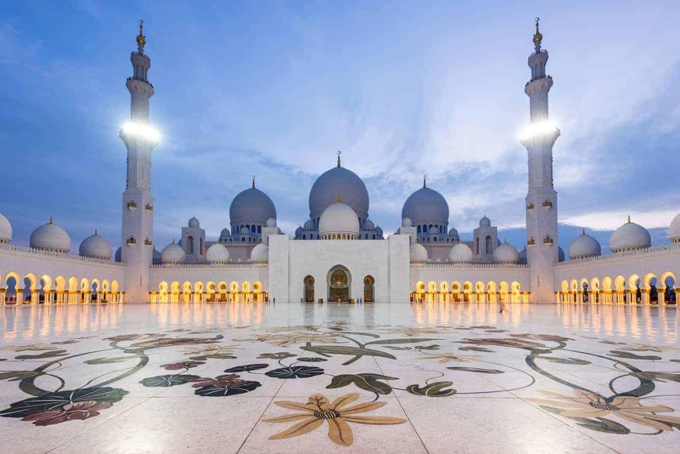 جولة معالم مدينة ابو ظبي بالكامل لاستكشاف المدينة و تاريخها