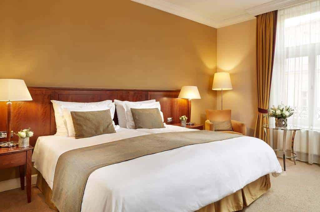 16.فندق كورينتيا بودابست-min