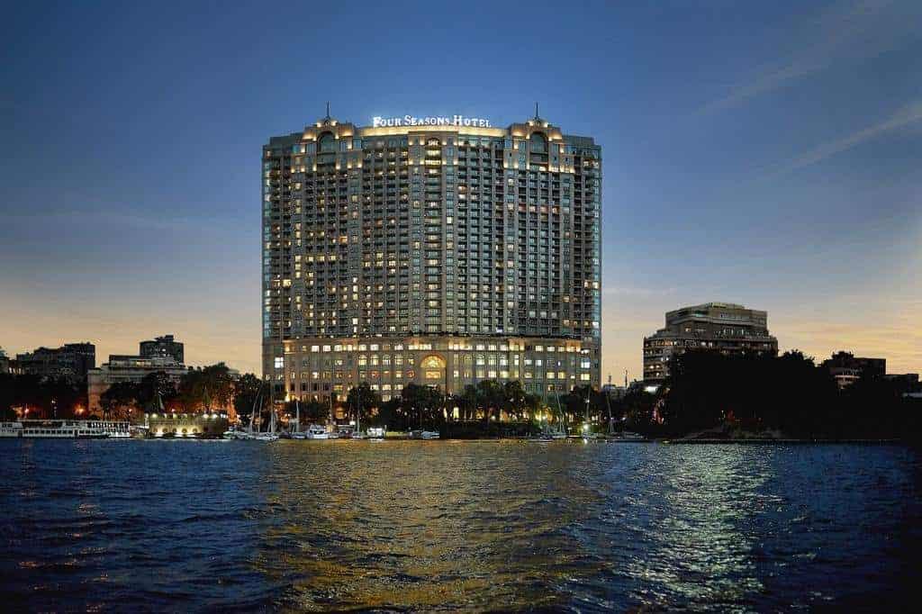 فندق فور سيزونز القاهرة النيل بلازا