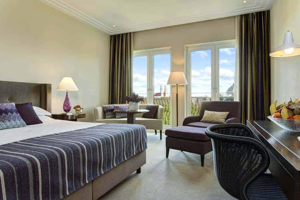 2.فندق روكو فورت ذا شارلز-min