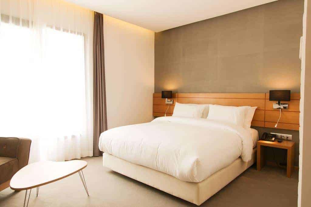 21.Smarts Hotel-min