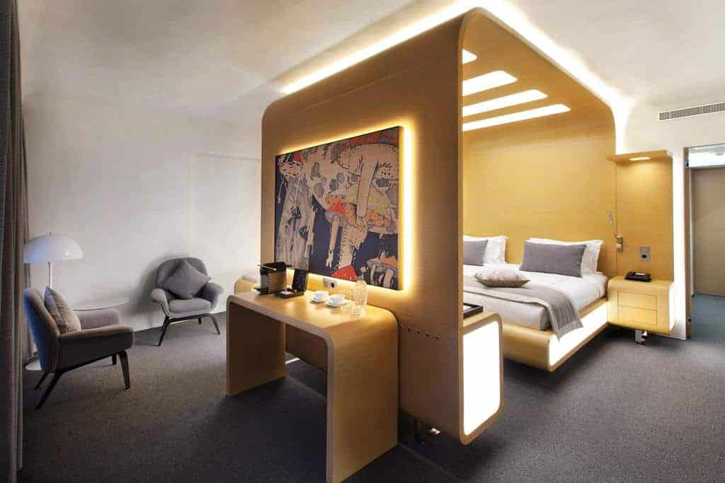 23.standart hotel-min