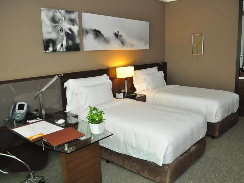 28.فندق جي تاور-min