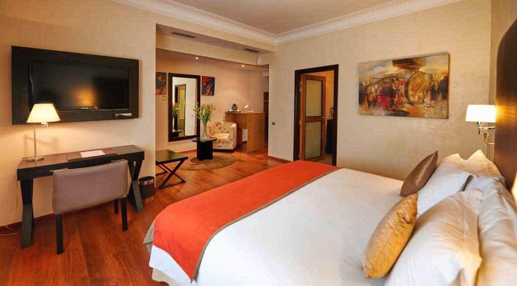 29.Park Suites Hotel-min