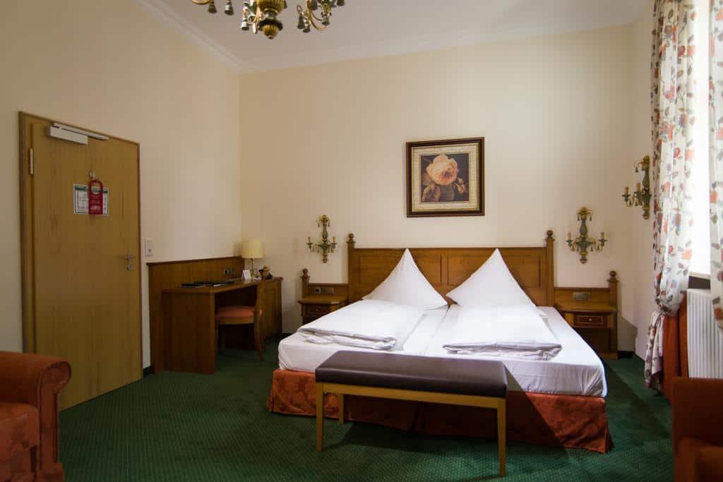 3.فندق جرونوالد-min