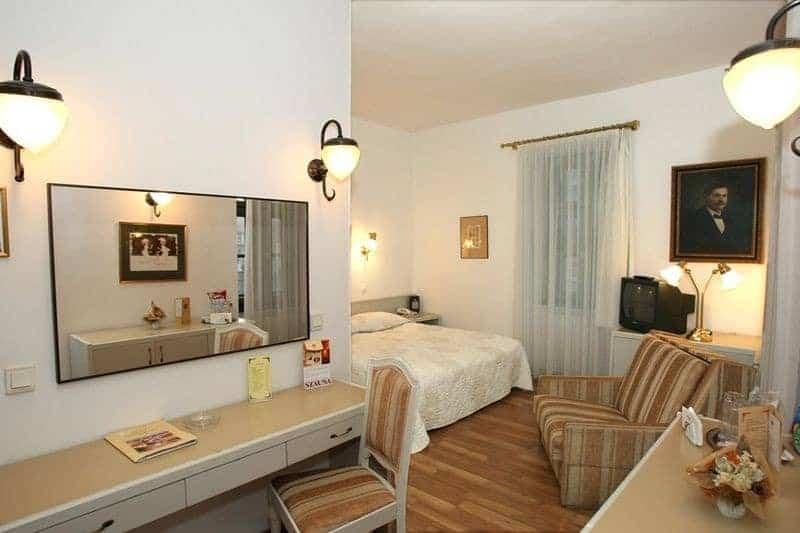 3.Hotel Senator-Ház Eger-min