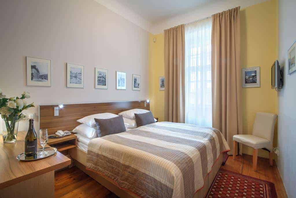 31.فندق موناستيري-min