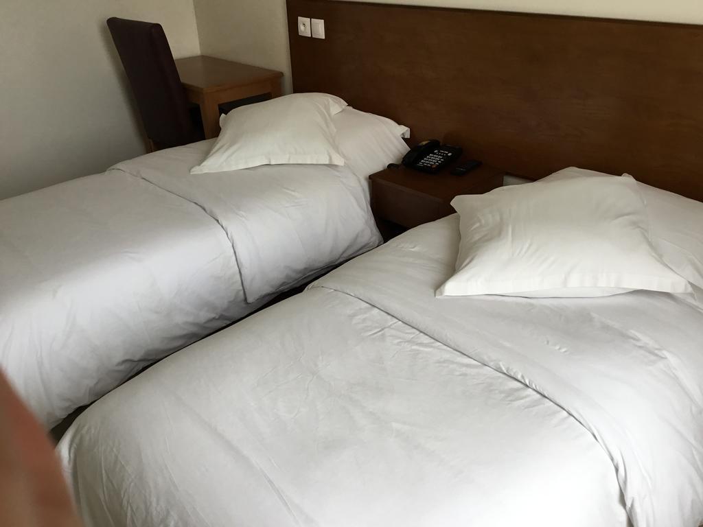 31.Hotel Lutece-min