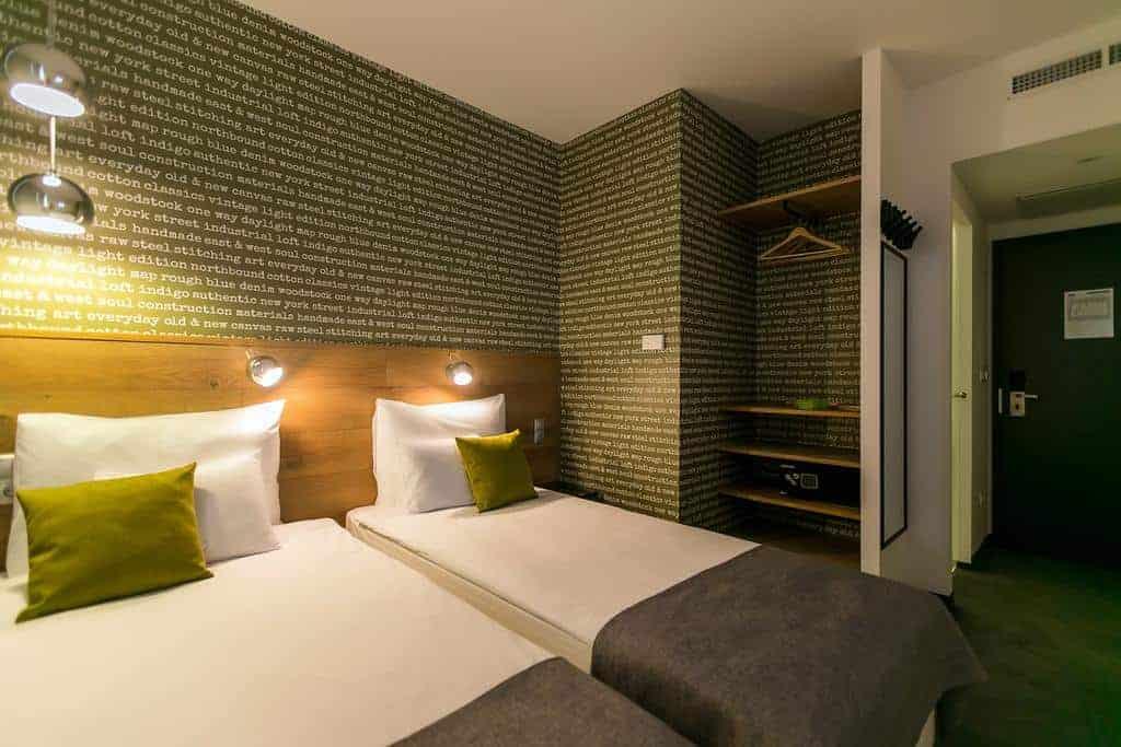 32.فندق روومباخ بودابست سنتر-min