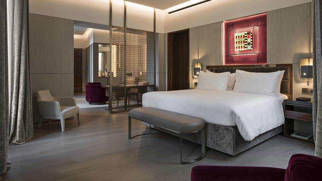 4.فندق فندي برايفت سويتس-min