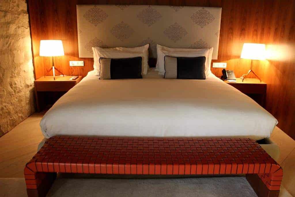 4.فندق ميرسير برشلونة-min