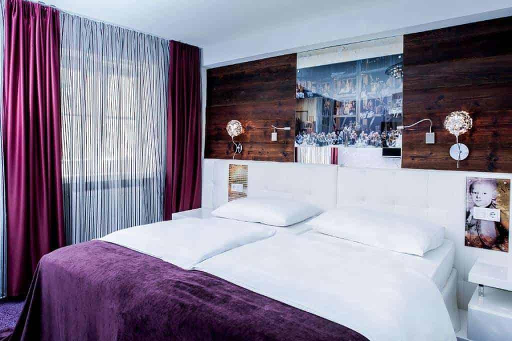 5.فندق أم دوم-min