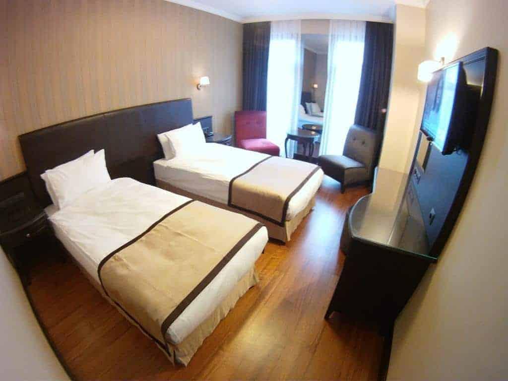 6.فندق السلطان محمد-min
