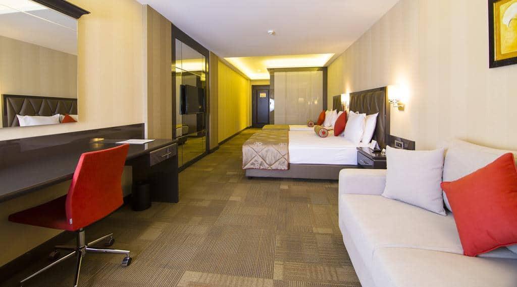6.فندق سفالين-min