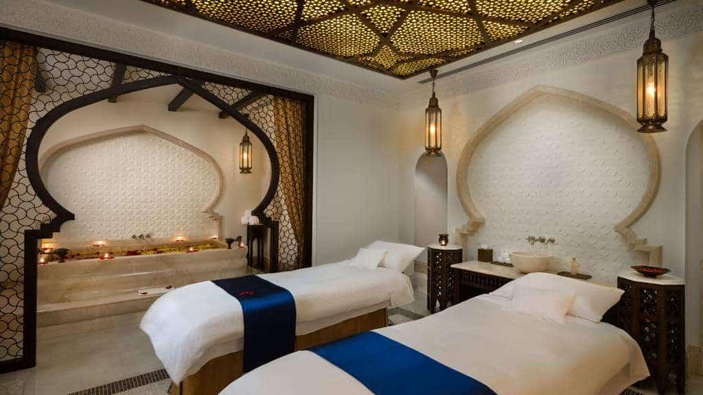 6.فندق قصر الإمارات-min
