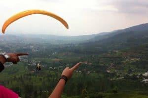 القيام بالعديد من الأنشطة الممتعة – إندونيسيا – بونشاك