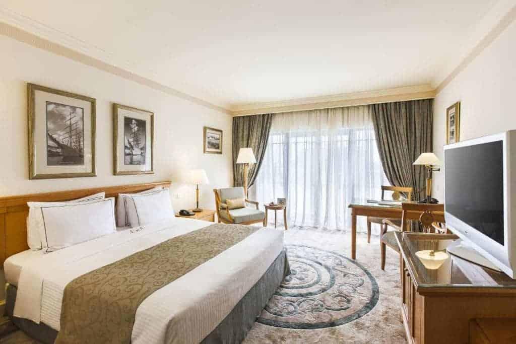 1.فندق لابوردونيه ووترفرونت-min