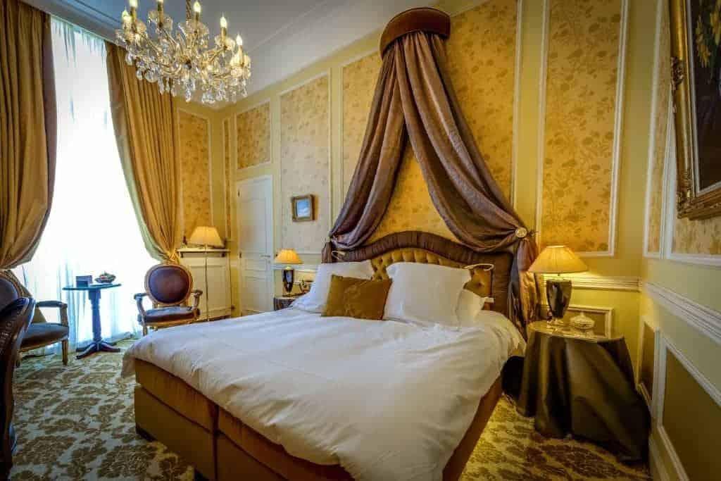 13.فندق ريلاس & شاتو هرتاج-min
