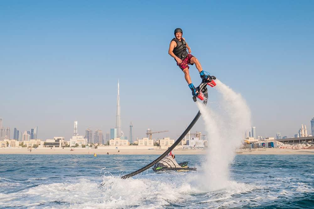 اشهر 7 العاب مائية في دبي عطلات