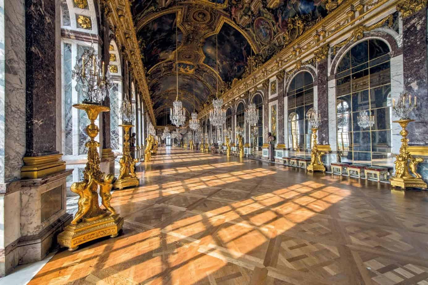 قصر فرساي من الداخل