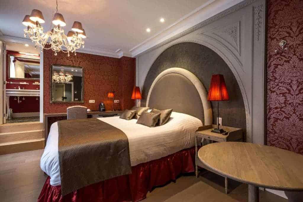 4.فندق دي كاستيليون-min