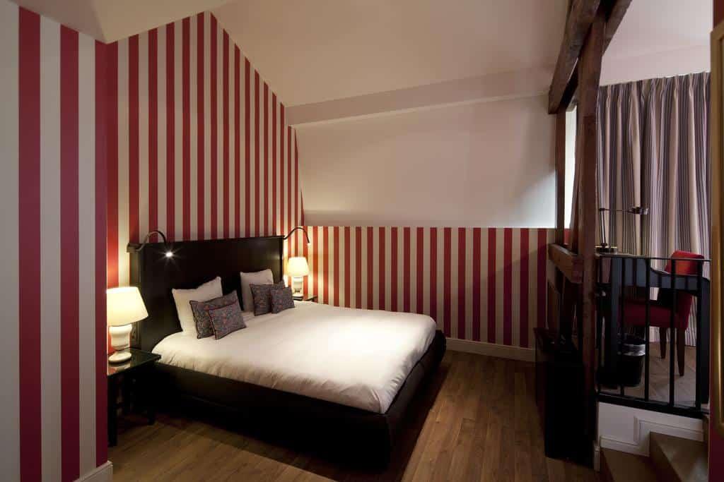 4.Hotel Sandton Grand Reylof-min